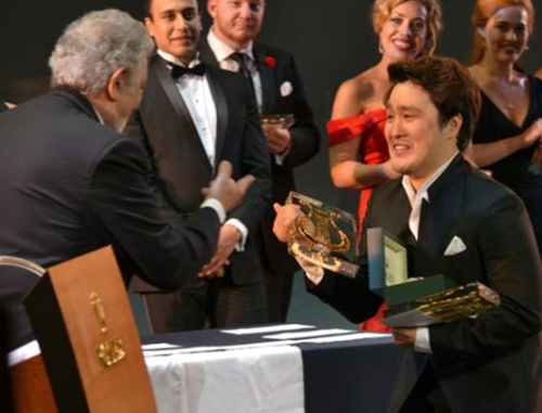 韓国テノール歌手、プラシド・ドミンゴ主催のコンクールで優勝 ...