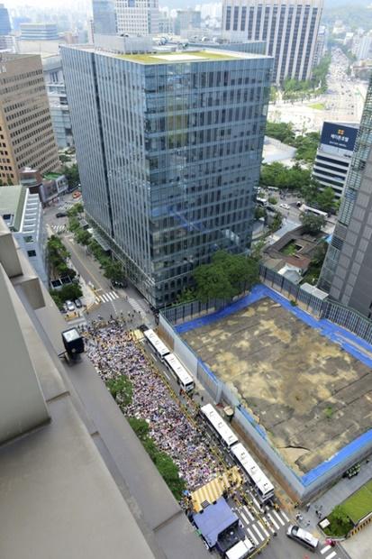 新築工事のために以前の建物が撤去されたソウル・中学洞の旧日本大使館敷地のようす。2016年8撮影。