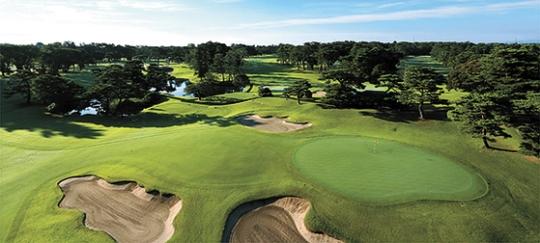 来月5日に日米首脳がゴルフをする霞ヶ関カンツリー倶楽部の全景。(霞ヶ関C.Cホームページ)