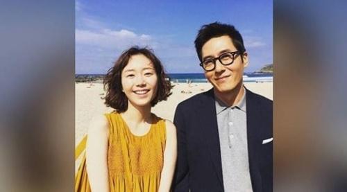 女優のイ・ユヨン(左)と俳優のキム・ジュヒョクさん