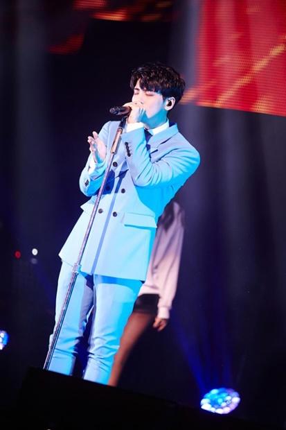 歌手だけでなく作詞作曲にも長けていたジョンヒョンさんは他のアーティストにも楽曲を提供していた。(写真提供=SMエンターテインメント)