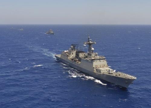 韓国の駆逐艦「文武大王」が今年8月15日、エジプト海軍と合同演習を行っている。(写真提供=韓国海軍)