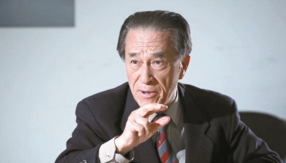 崔相龍元駐日大使は中央SUNDAYのインタビューで「文化交流の活性化で韓日関係の突破口を開くべき」と強調した。