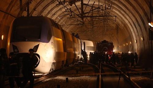 2011年に発生した光明駅KTX脱線事故はKORAILの職員が任意に線路転換器と連結した回線を操作したことで発生した。(中央フォト)