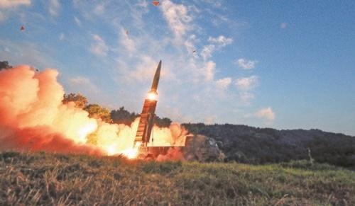 地対地弾道ミサイル「玄武(ヒョンム)」(国防部)