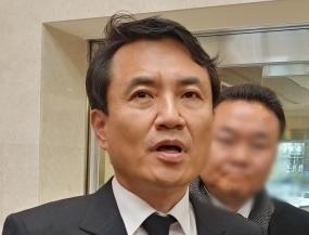 韓国野党「自由韓国党」の金鎮台(キム・ジンテ)議員