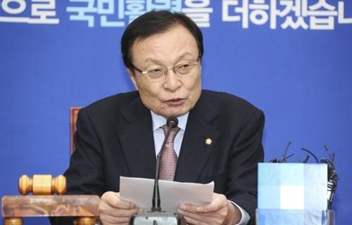 韓国与党「共に民主党」の李海チャン代表