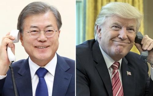 文在寅大統領は7日午後、ドナルド・トランプ米国大統領と35分間の電話会談を通じ、北朝鮮が4日に打ち上げた発射体関連の情報を共有し、今後の韓半島(朝鮮半島)非核化方案について意見を交換した。(写真提供=青瓦台)