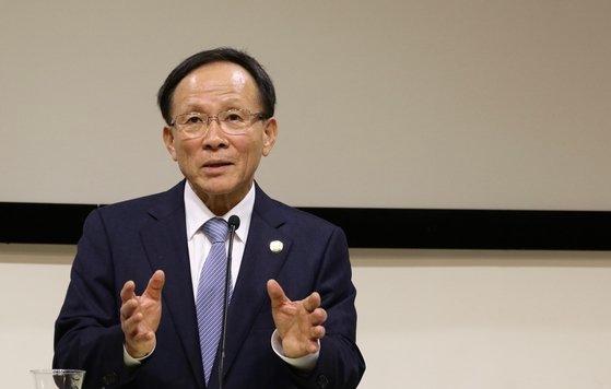 30日(現地時間)、米ワシントン韓国文化院での特派員懇談会に出席した李秀赫(イ・スヒョク)駐米大使。