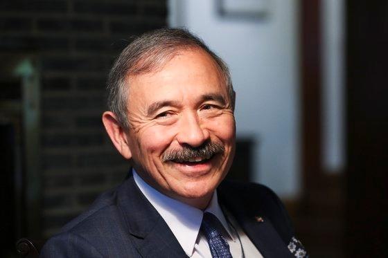 ハリー・ハリス駐韓米国大使。