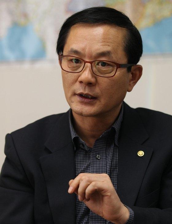 NK知識人連帯のキム・ホングァン代表
