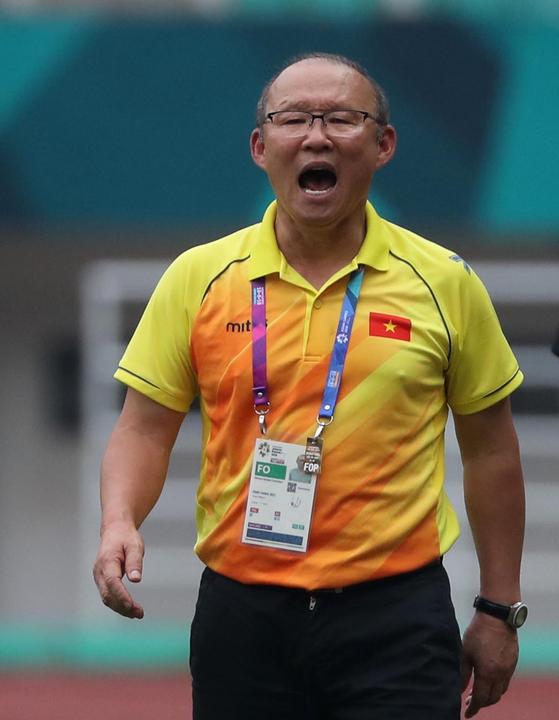 サッカーベトナム代表の朴恒緒(パク・ハンソ)監督