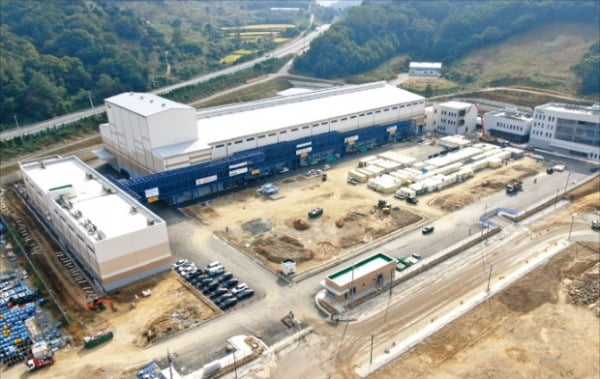 2177億ウォンを投じて世宗市に作っているポスコケミカル負極材第2工場全景。[写真 ポスコケミカル]