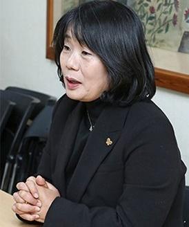 尹美香(ユン・ミヒャン)共に民主党当選人