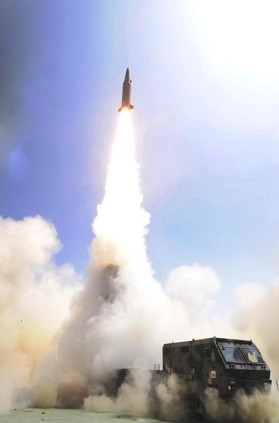 2017年6月の玄武2C試験発射。今年3月の玄武4試験発射場面はまだ公開されていない。[国防部]