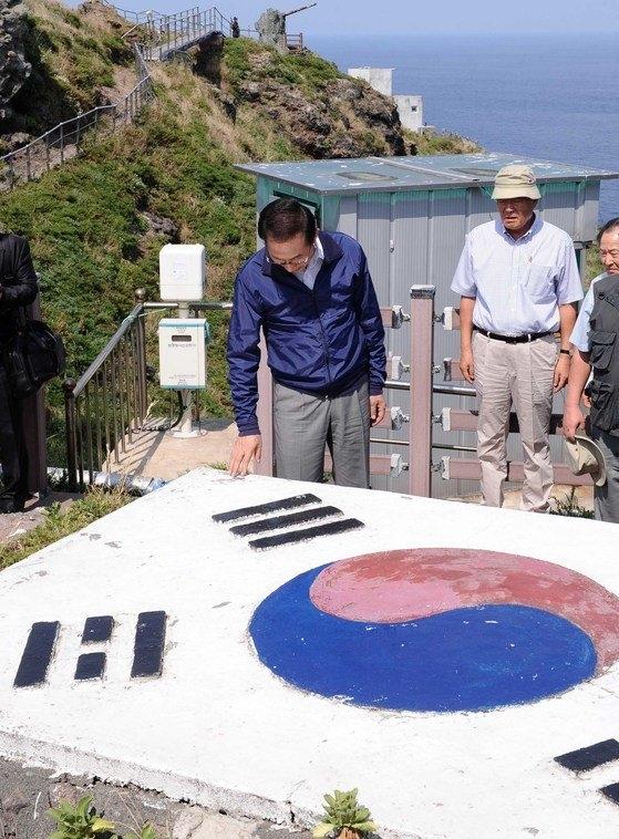 ①2012年8月10日、李明博元大統領が独島を訪問[写真 共同取材団]