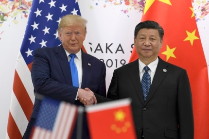 トランプ米国大統領(左)と習近平中国国家主席[中央フォト]
