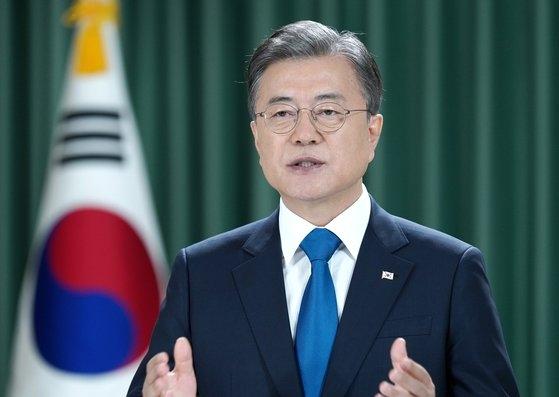 文在寅大統領が22日午後、国連総会のビデオ形式の基調演説で「ことしは韓国戦争勃発から70年の年」とし「今、韓半島で戦争は完全かつ恒久的に終息しなければならない」と終戦宣言を提案した。[写真 青瓦台]