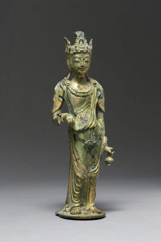 「百済金銅観音菩薩立像」(百済微笑菩薩)