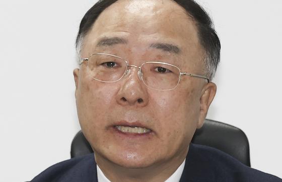 洪楠基(ホン・ナムギ)副首相兼企画財政部長官