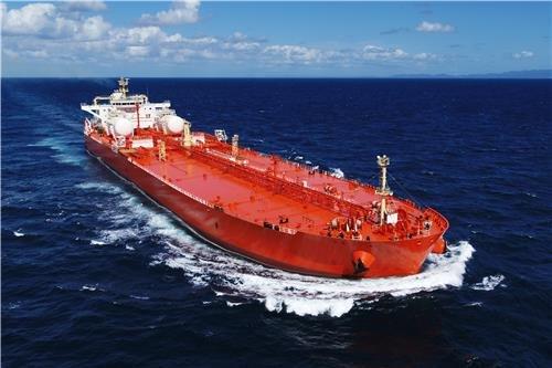 韓国の公正取引委員会がLNG貨物倉技術を保有する仏GTTに課徴金を賦課し、韓国造船業界の不満が解消されるかに関心が集まっている。写真はサムスン重工業が建造したLNG燃料推進原油運搬船。 写真=サムスン重工業