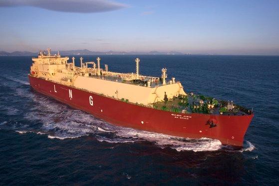 韓国型LNG貨物倉技術を採用したSK海運の「SKスピカ号」。貨物倉の外壁に結氷ができるなど欠陥が発生し、法的紛争が続いている。 写真=韓国ガス公社