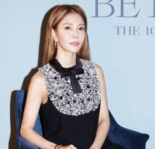 デビュー20周年を迎えた10thアルバム『Better』を発売した歌手BoA[写真 SMエンターテインメント]