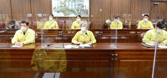 韓国の康京和(カン・ギョンファ)外交部長官は5日、イランの韓国船舶抑留に関連した対策会議を主宰して状況を点検した。[写真 韓国外交部]
