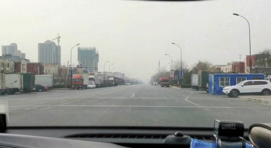 14日、中国河北省廊坊市は出入りはもちろん都心の通行も全面封鎖されている。パク・ソンフン特派員