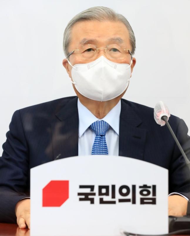 「国民の力」の金鍾仁(キム・ジョンイン)非常対策委員長