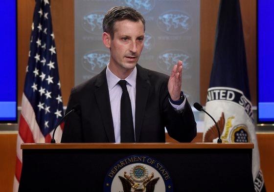 米国務省のプライス報道官