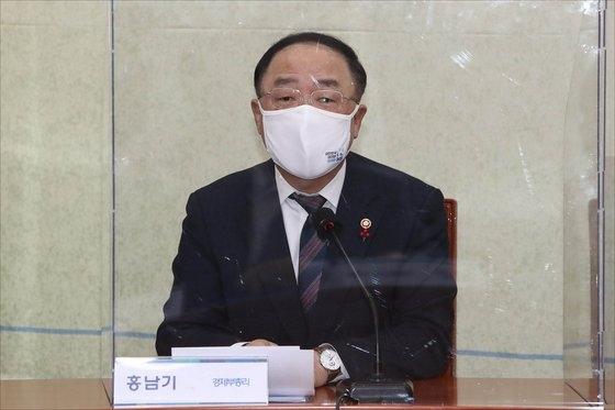 洪楠基(ホン・ナムギ)首相代行