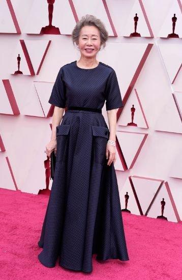 女優ユン・ヨジョンの白髪、アカデミー賞を魅了した。