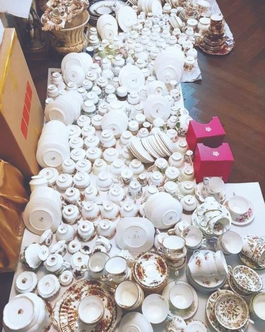 韓国海洋水産部長官に内定している朴俊泳(パク・ジュンヨン)氏の夫人が購入した陶磁器。[写真 「国民の力」金善教(キム・ソンギョ)議員室]