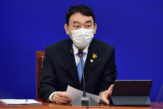 金容民(キム・ヨンミン)共に民主党最高委員 オ・ジョンテク記者