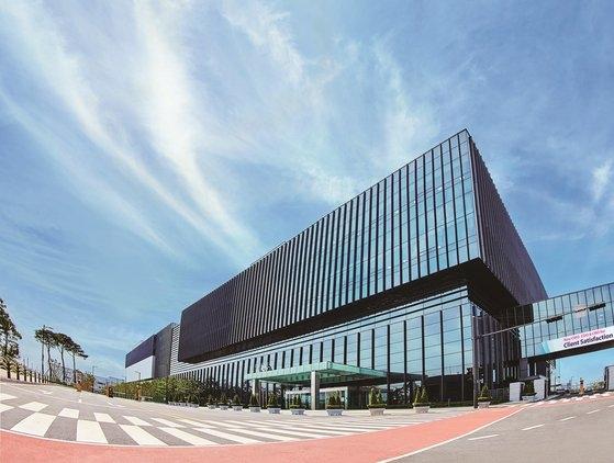 仁川の松島新都市にあるサムスンバイオロジックス第3工場全景。[写真 サムスンバイオロジックス]