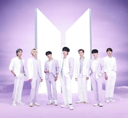 日本でベストアルバム『BTS,THE BEST』を発表するBTS(防弾少年団)。[写真 BIGHIT MUSIC]