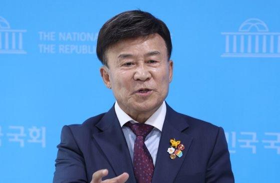 光復会の金元雄(キム・ウォヌン)会長