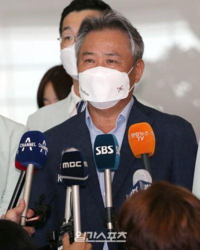 大韓体育会の李起興(イ・ギフン)会長