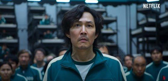 Netflix(ネットフリックス)のオリジナルシリーズ『イカゲーム』予告篇のある場面。[写真 Netflix]