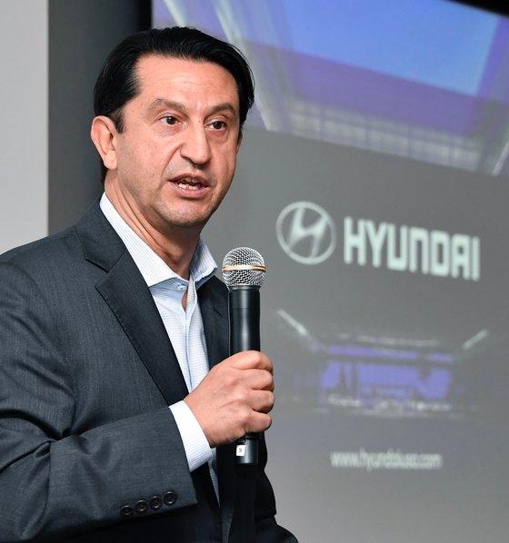 ホセ・ムニョス現代自動車グローバル最高運営責任者 写真現代車